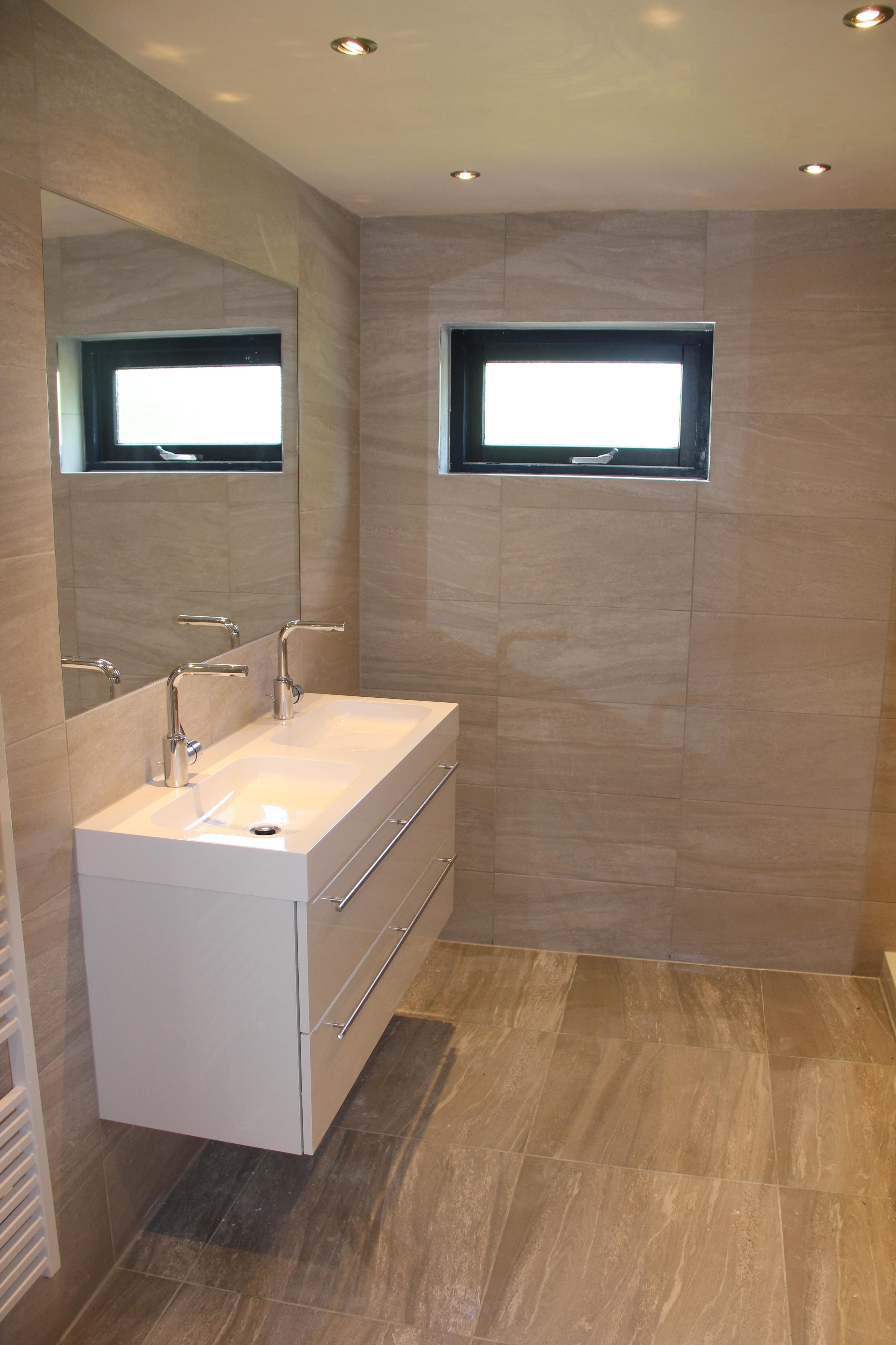 Renovatie verbouwen compacte badkamer - Rotterdam - Aannemersbedrijf ...