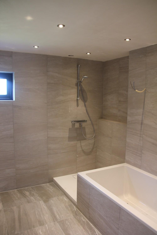 Verbouwen design badkamer - Douche Bad WC | Aannnemer Joh Visser